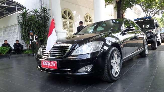 Kenali Mersedes Benz S600 - Mobil Resmi Kepresidenan Indonesia