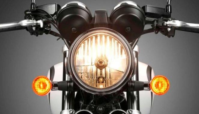 Mengapa Lampu Kendaraan Harus Menyala Di Siang Hari ?