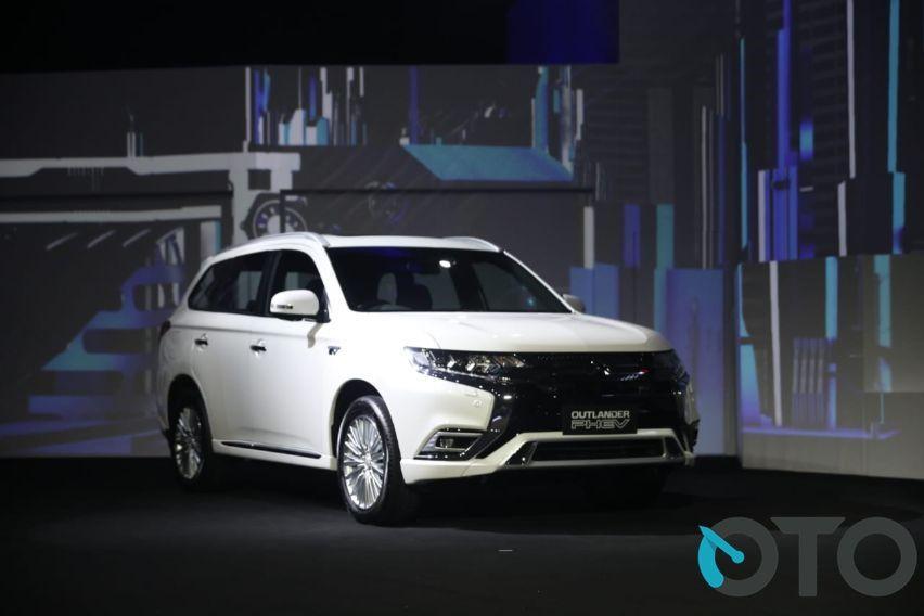 Mitsubishi Outlander PHEV Akan Diproduksi Di Thailand